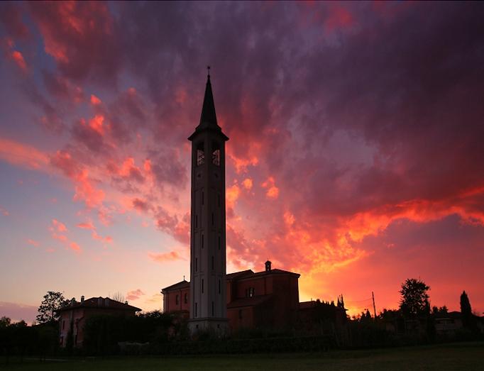 tramonto sulla chiesa di S.Margherita
