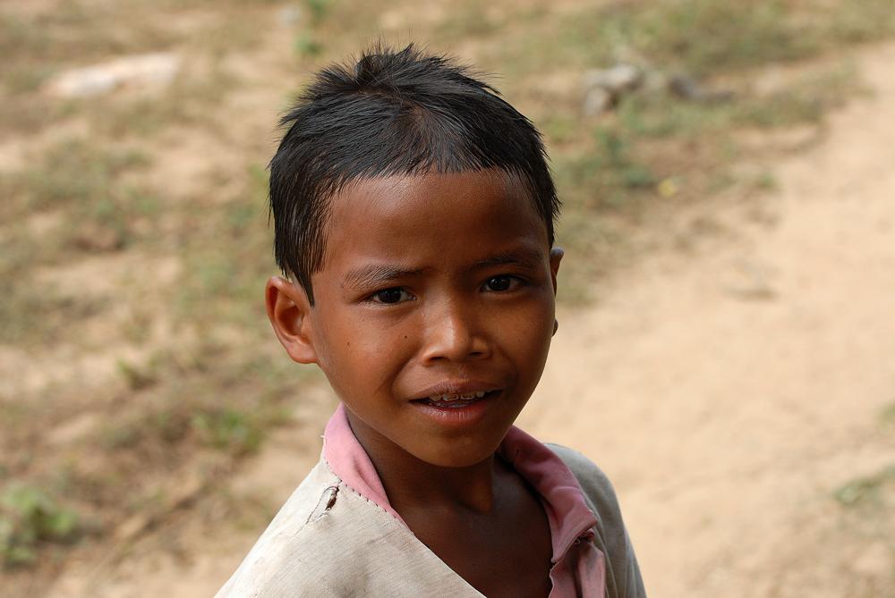 I bambini del Ratanakiri - Sguardi e visi dei bambini del Ratanakiri, il futuro di questa parte di Cambigia.